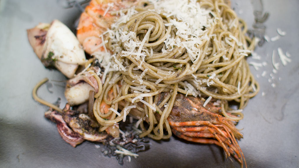 how to make squid ink spaghetti